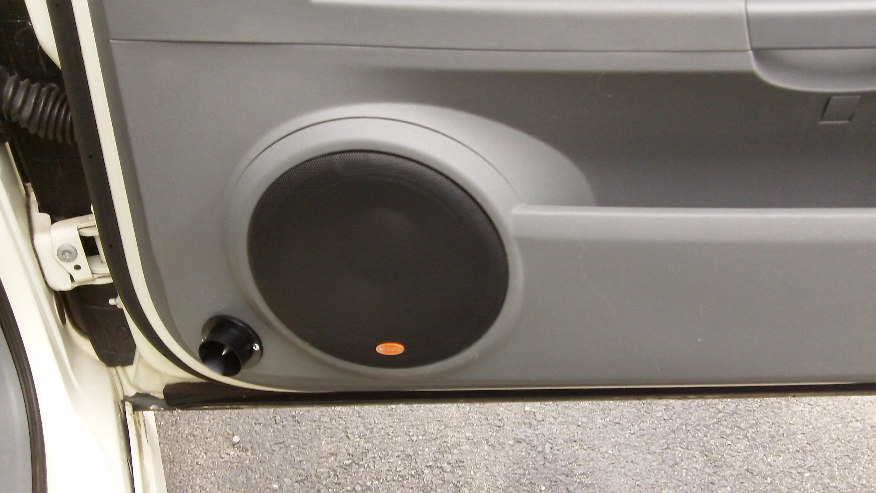 05 door speakers-122_2246.jpg & 05 door speakers